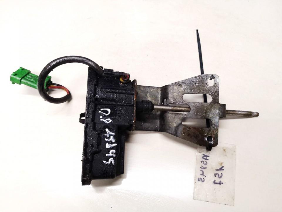 Zibintu valytuvu varikliukas SAAB 9-5 1999    2.3 4560702