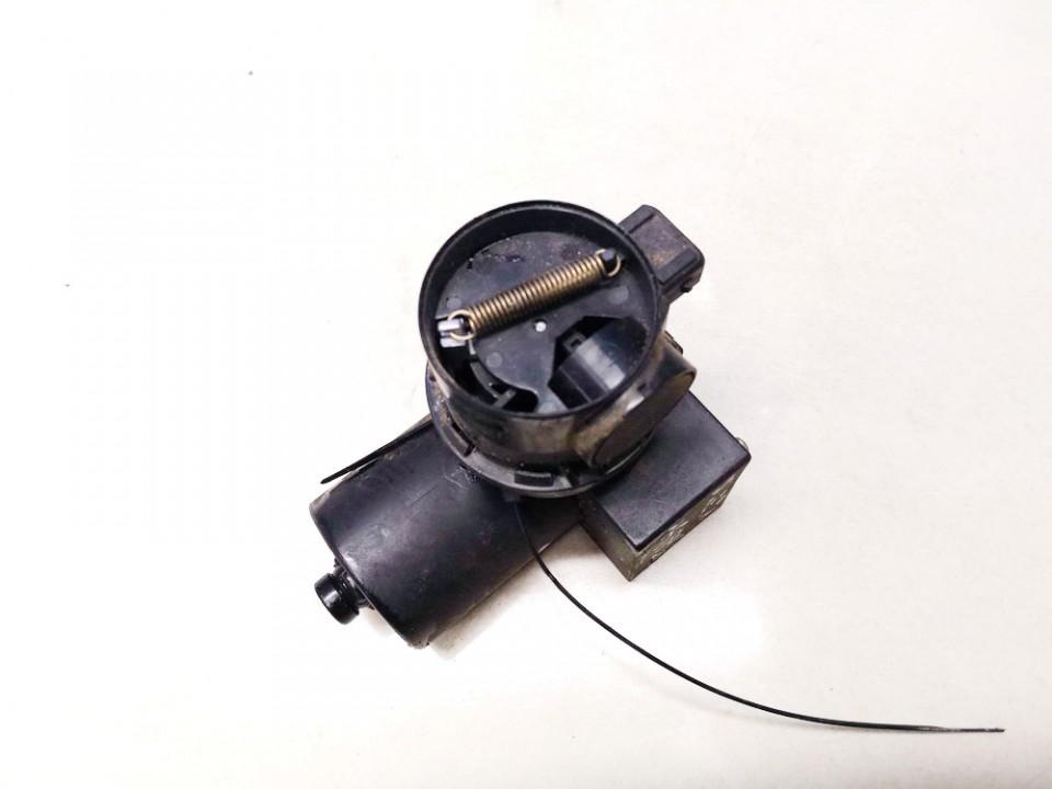 Central Locking Pump Volkswagen Jetta 1990    1.8 used