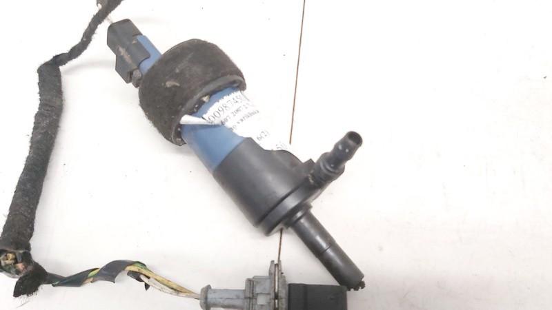 Zibintu apiplovimo varikliukas Peugeot 607 2007    2.7 5902060242p