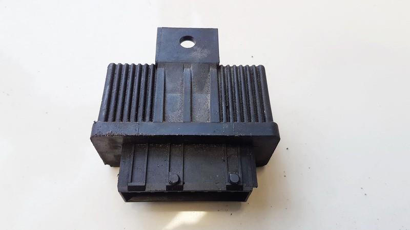 Fuel Pump Relay Peugeot 607 2007    2.7 240107
