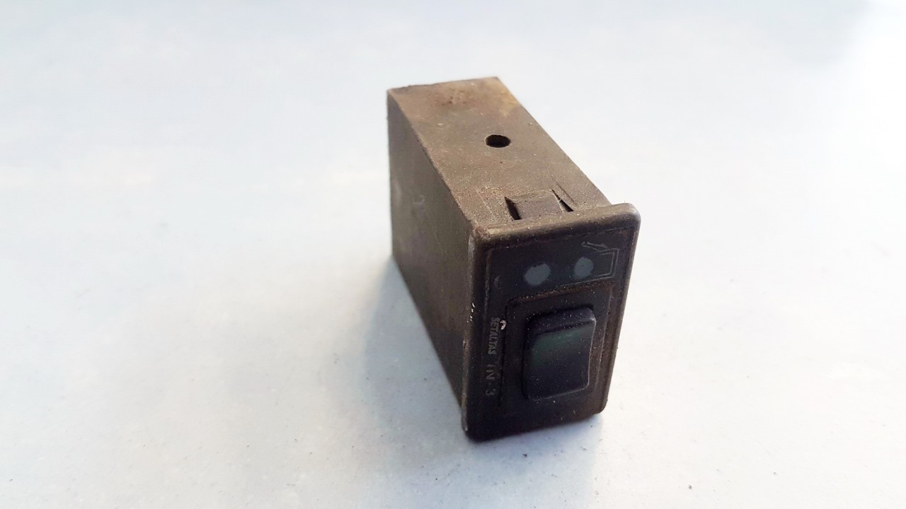 Duju mygtukas Volkswagen Jetta 1990    1.8 USED