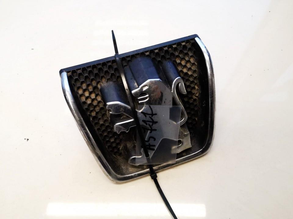 Priekinis zenkliukas (Emblema) Peugeot 607 2001    2.2 9634014777
