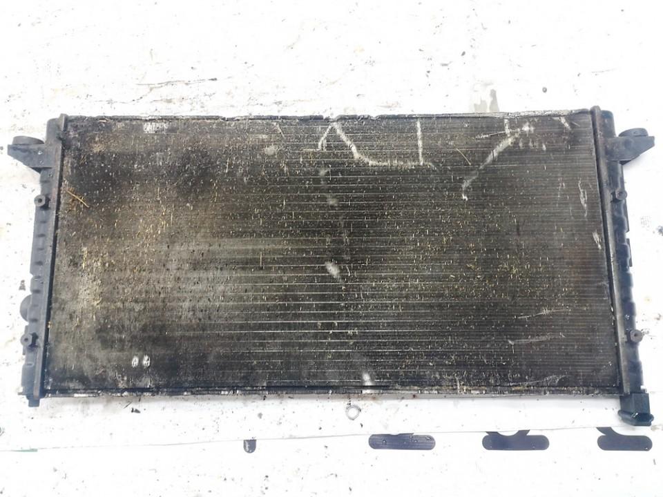 Volkswagen  Passat Vandens radiatorius (ausinimo radiatorius)