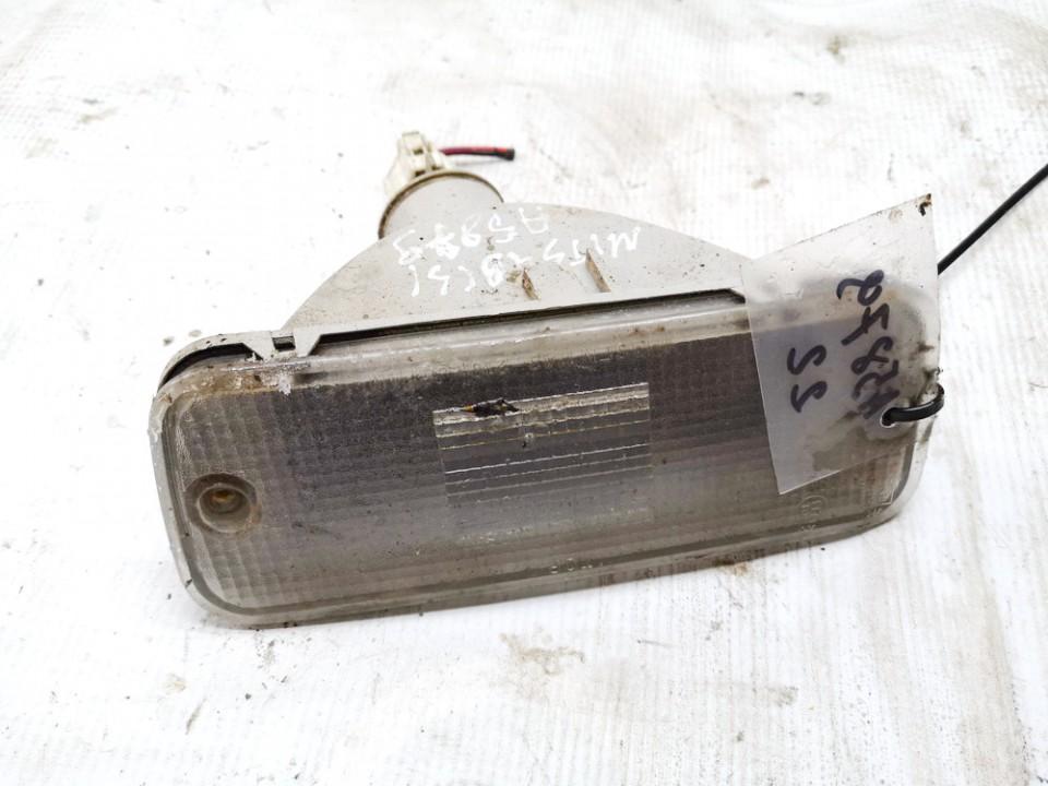 Atbulines eigos zibintas bamperyje G. Mitsubishi Lancer 1991    1.5 1143216