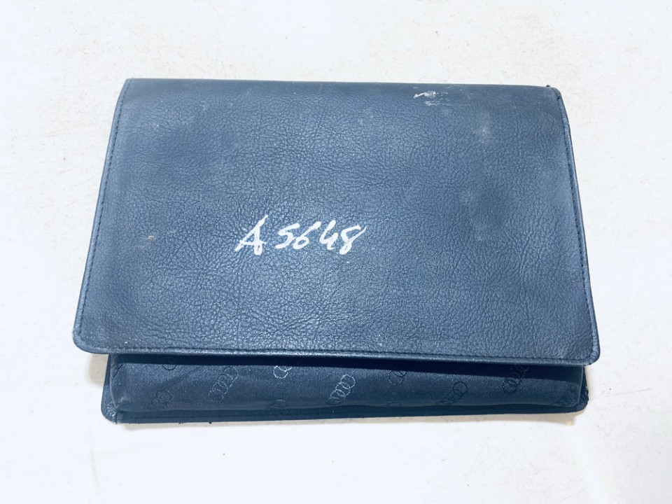 Prieziuros zinynas (Automobilio aptarnavimo knyga) Audi A3 2004    2.0 used