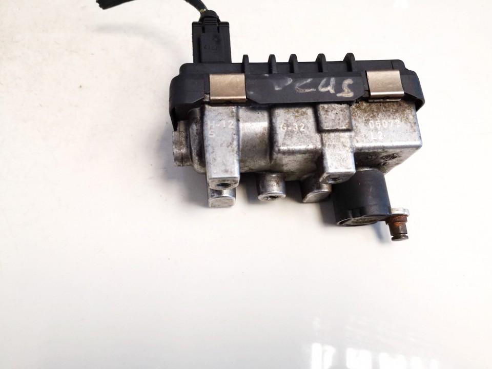 Turbinos valdymas Ford Focus 2008    1.8 6nw009206