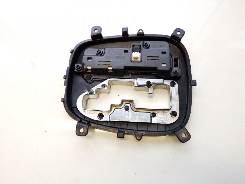 Begiu perjungimo selektorius Hyundai i30 2010    1.6 846592l800