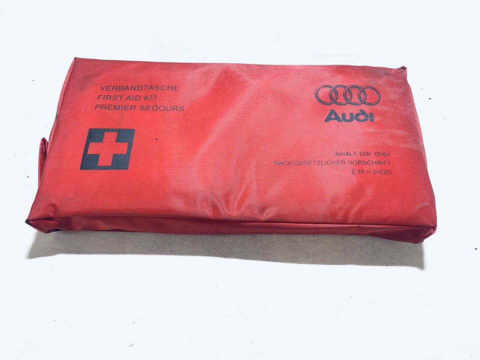 Vaistinele Audi A3 1999    0.0 4b0860281