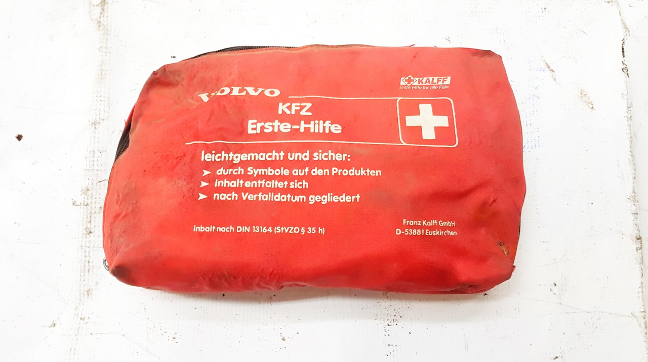 First Aid Kit Volvo 460 1996    0.0 D53881
