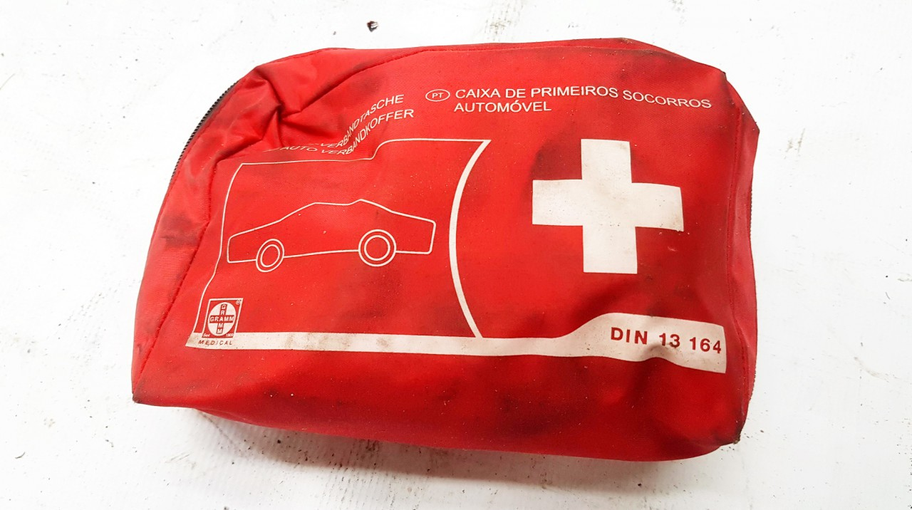 First Aid Kit Volvo 460 1996    0.0 DN13164