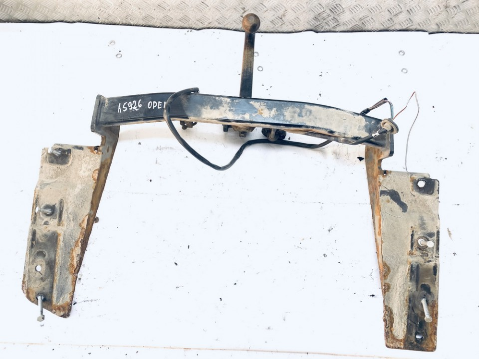 Tow bars Opel Vectra 2004    2.2 used
