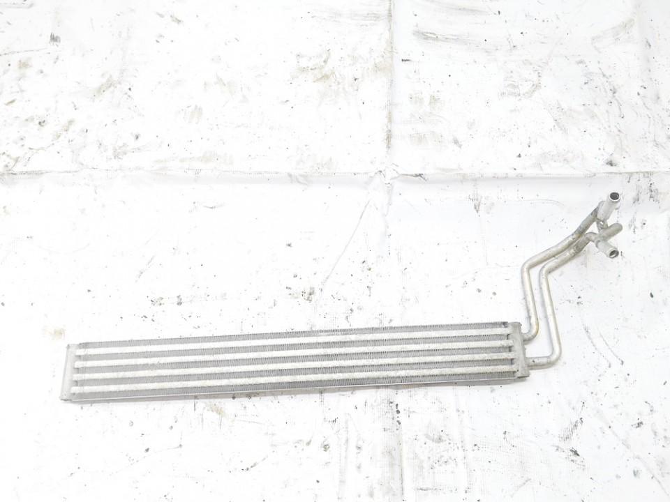 Tepalo radiatorius Volkswagen Touareg 2005    2.5 8m0376726-281