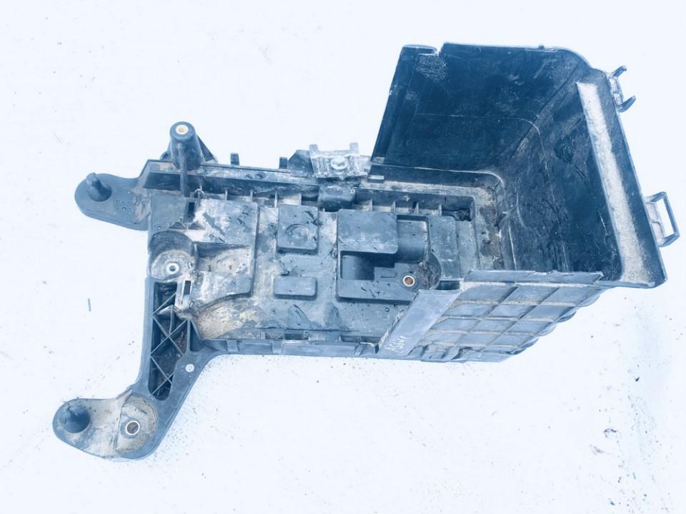 Baterijos - akumuliatoriaus deze Audi  A3