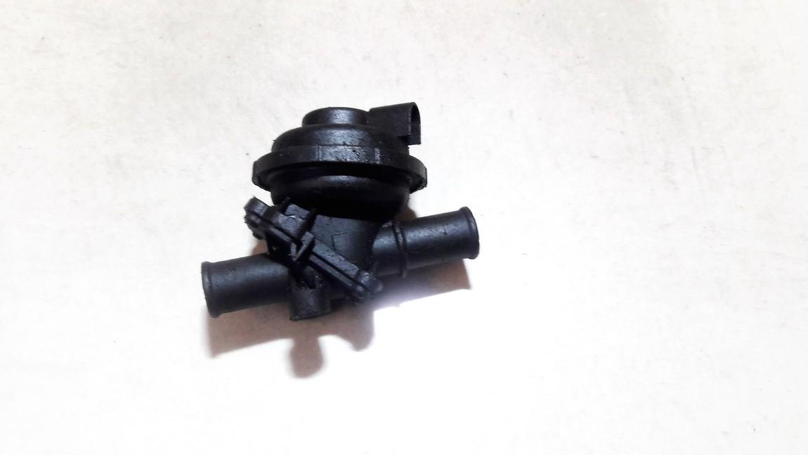 Tosolo peciuko voztuvai (vandens voztuvas) (kiausiniai) Opel Omega 2001    0.0 0448811