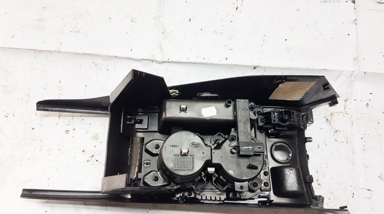 Rankinio stabdzio mygtukas Ford Kuga 2019    2.0 DS7T15K603AA