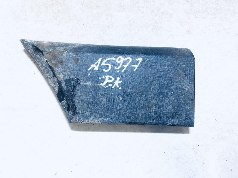 Sparno moldingas P.K. Volkswagen Passat 1991    1.9 357853517