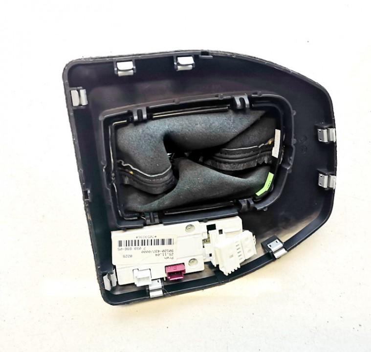 Begiu perjungimo selektorius BMW 5-Series 2005    0.0 705989605