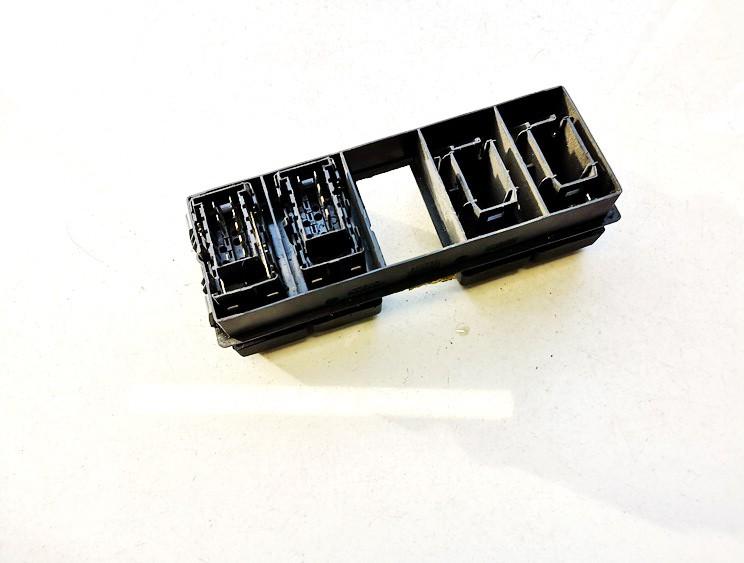 Veidrodeliu sildymo mygtukas Truck - Renault Midlum 2003    6.2 5010232158