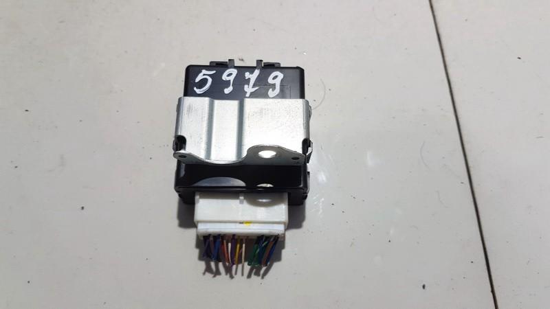 Wiper wash control (wiper relay) Toyota Auris 2011    1.8 8597012020