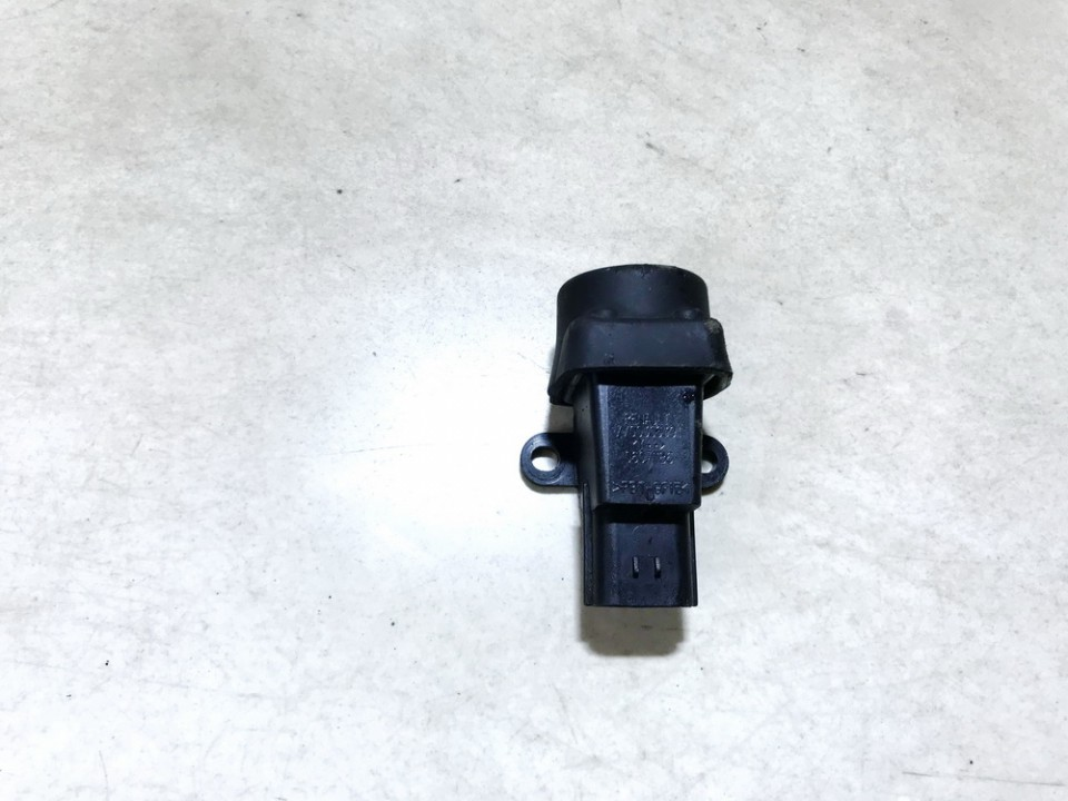 Inertia fuel cut off switch (FUEL CUT OFF SWITCH) Renault Laguna 2000    0.0 7700306391