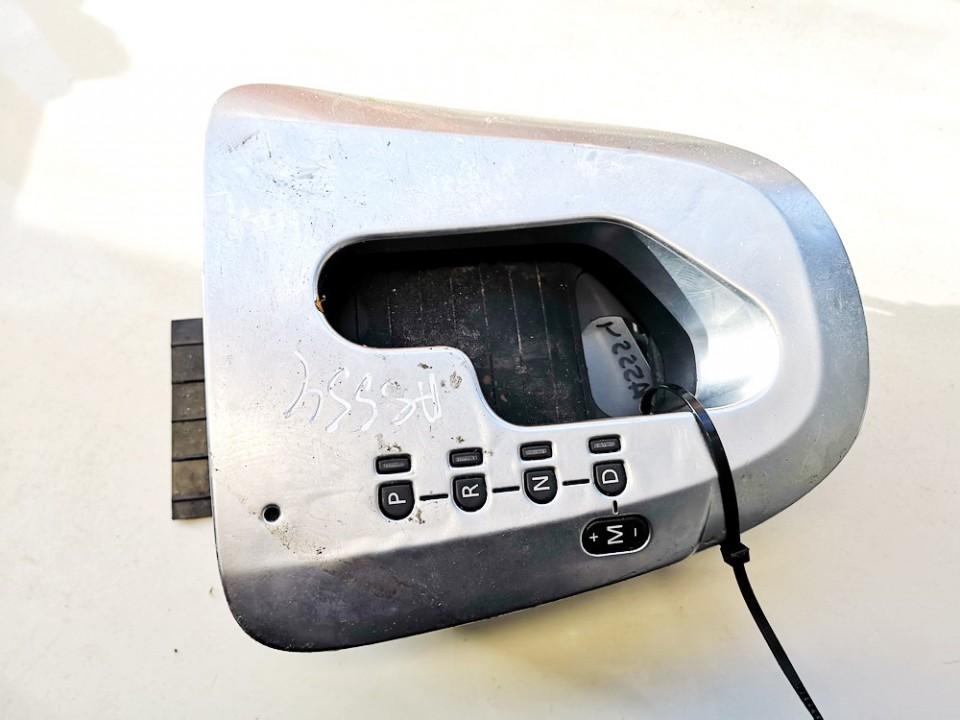 Begiu perjungimo selektorius Renault Vel Satis 2002    3.5 8200012752