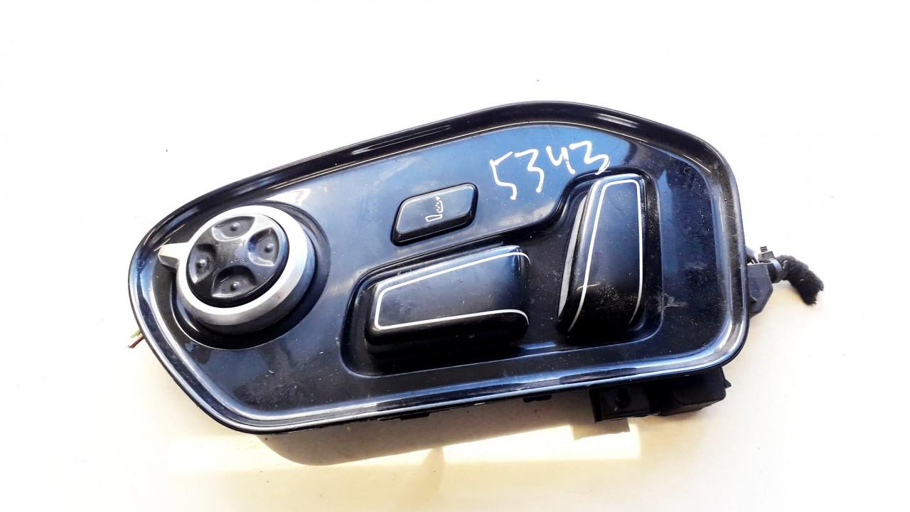 Sedynes atminties mygtukai P.K. Audi A8 2013    4.2 8K0959747