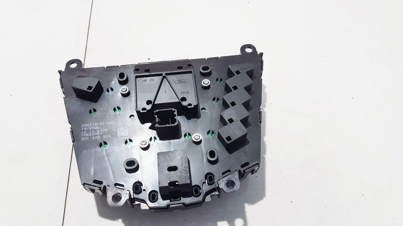 Automagnetolos valdymo konsole Ford Fiesta 2009    1.2 331405000