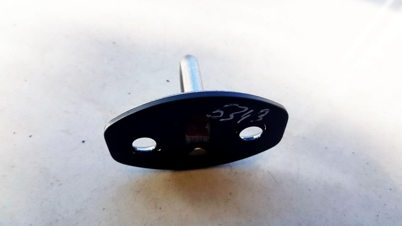 Duru uzdarymo kilpa (Duru spynos kilpa) G. Audi A8 2013    4.2 4H0837033