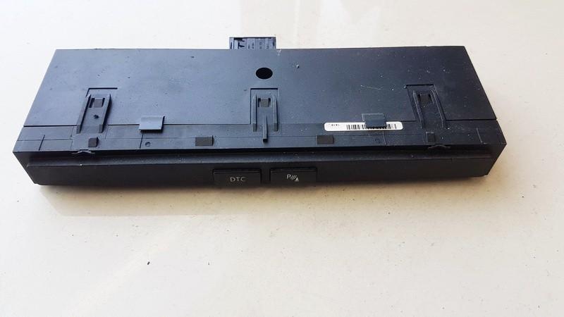 Parktroniko mygtukas BMW 5-Series 2005    0.0 6985748