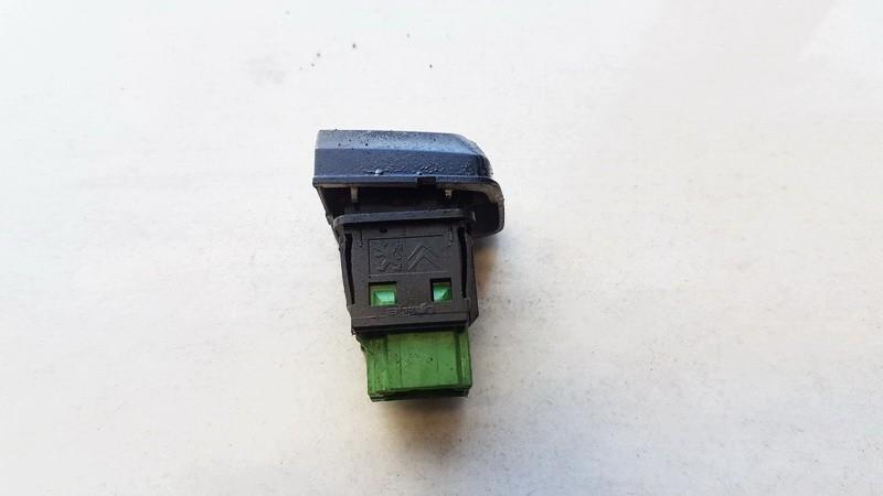 Door central locking lock switch control (DOOR LOCK SWITCH) Peugeot 208 2013    1.2 96750983ZD