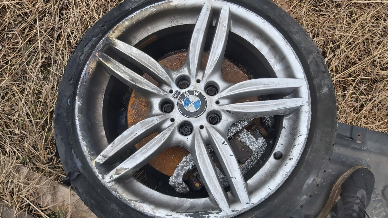 Lietu ratu komplektas R19 BMW 5-Series 2012    3.5 used