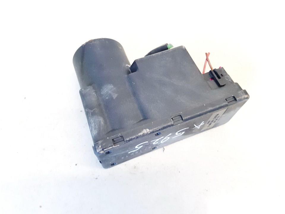 Central Locking Pump Audi A6 1995    2.5 4a0862257a