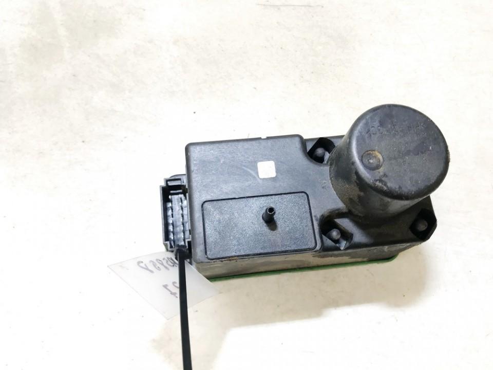 Central Locking Pump Volkswagen Passat 1994    1.9 3a0962257
