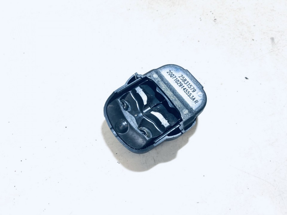 Stiklo lietaus daviklis Pr. Chevrolet Captiva 2008    2.0 25831579