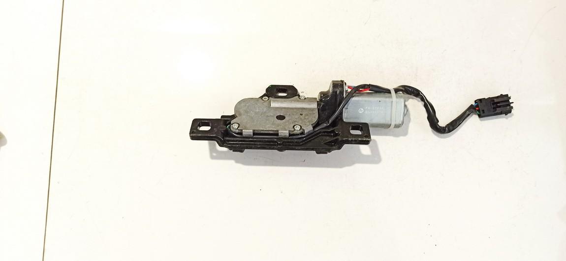 Galinio Dangcio atidarymo varikliukas (uzdarymo) BMW 5-Series 2001    3.0 fs578va