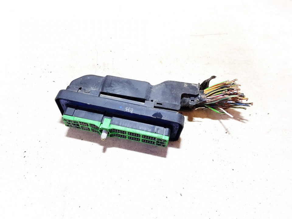 Connector Ford Focus 2004    0.0 2s7t14n003aa