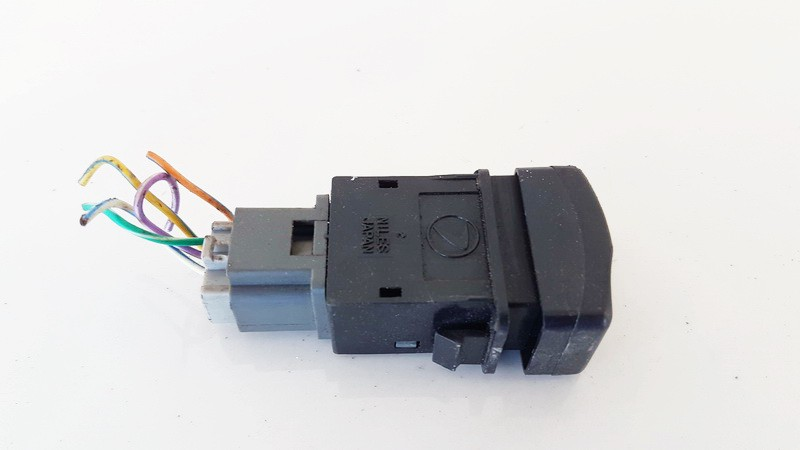 Ruko zibintu valdymo mygtukas Subaru Outback 1999    2.5 used