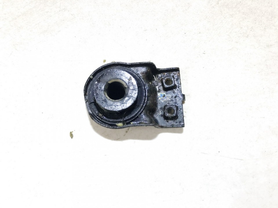 Radiatoriaus tvirtinimo laikiklis (elementas) Kia Ceed 2011    1.6 used