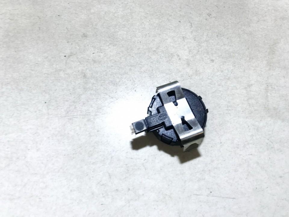 Stiklo lietaus daviklis Pr. Renault Clio 2010    1.2 8200396304