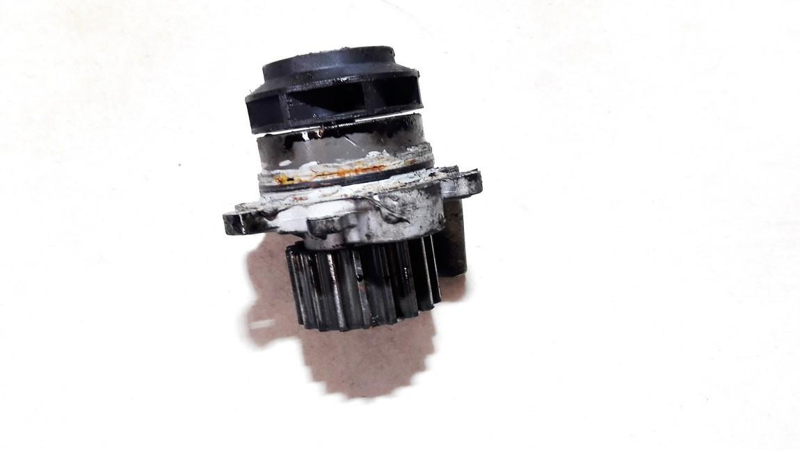 Vandens pompa (siurblys) Volkswagen Polo 2004    1.4 A13617