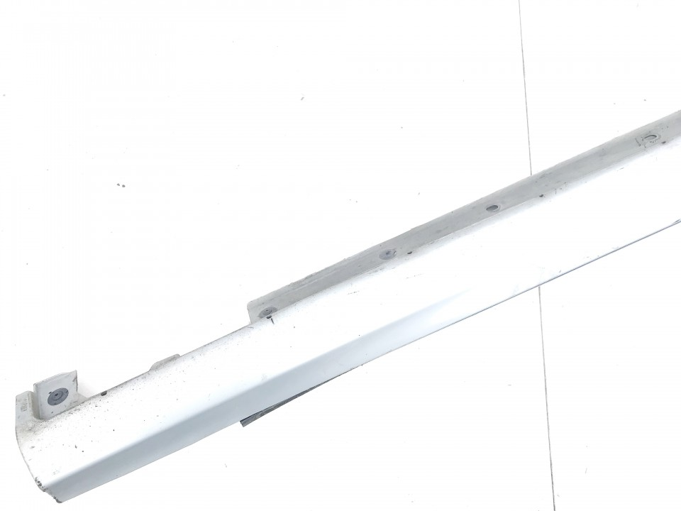 Plastmasinis slenkstis desinys Mercedes-Benz CLK-CLASS 2005    3.2 used