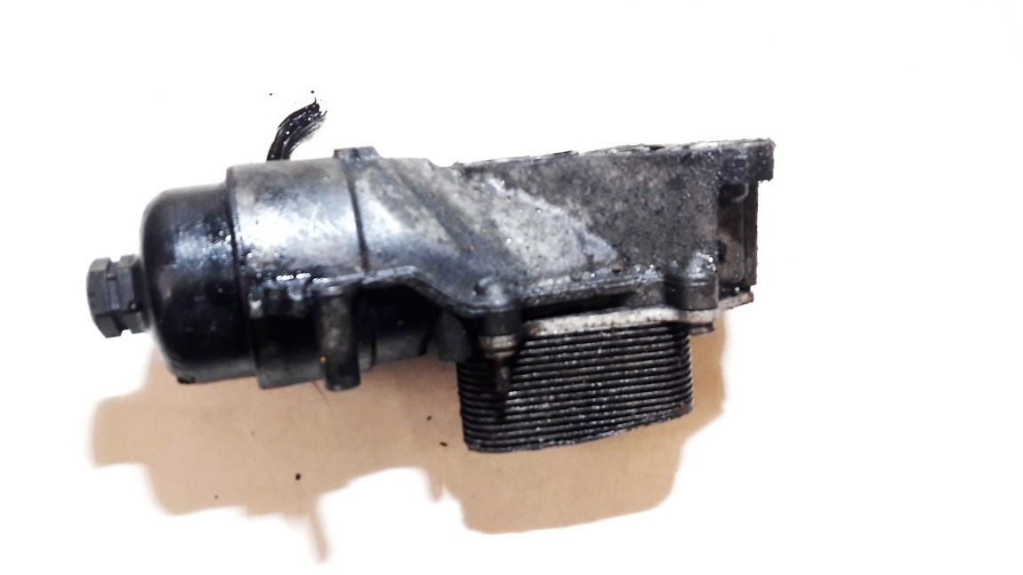 Tepalo filtro korpusas Peugeot 407 2005    1.6 USED