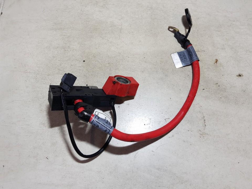 battery terminal BMW 3-Series 2005    2.0 6938495