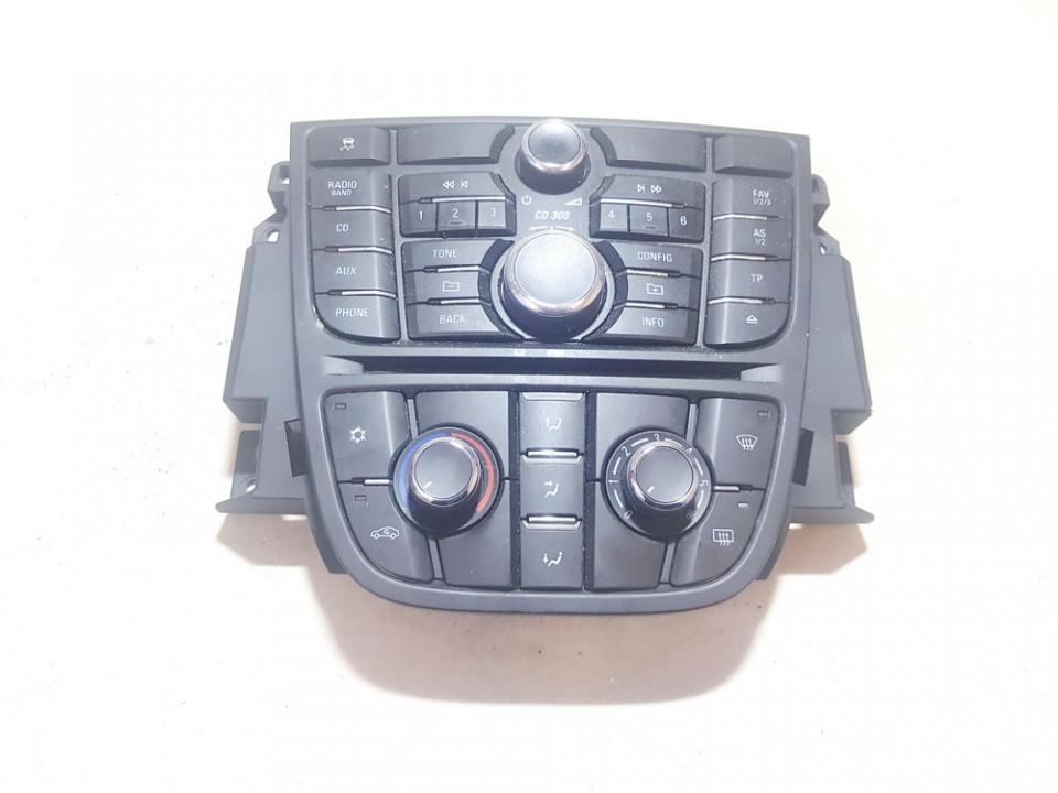 Peciuko valdymas ir automagnetola Opel Meriva 2011    1.7 13346041