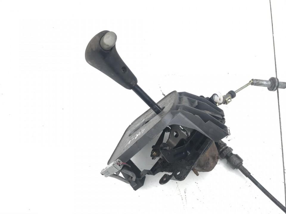 Begiu perjungimo kulisa automatine Honda HR-V 2005    0.0 used