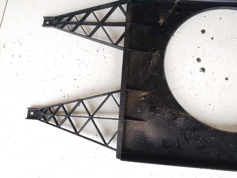 Difuzoriaus remas (ventiliatoriaus remas) Skoda Fabia 2001    1.4 600121207