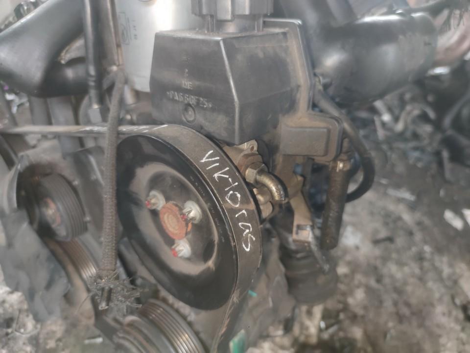 Vairo stiprintuvo siurblys Mercedes-Benz C-CLASS 1998    2.2 A6042360010