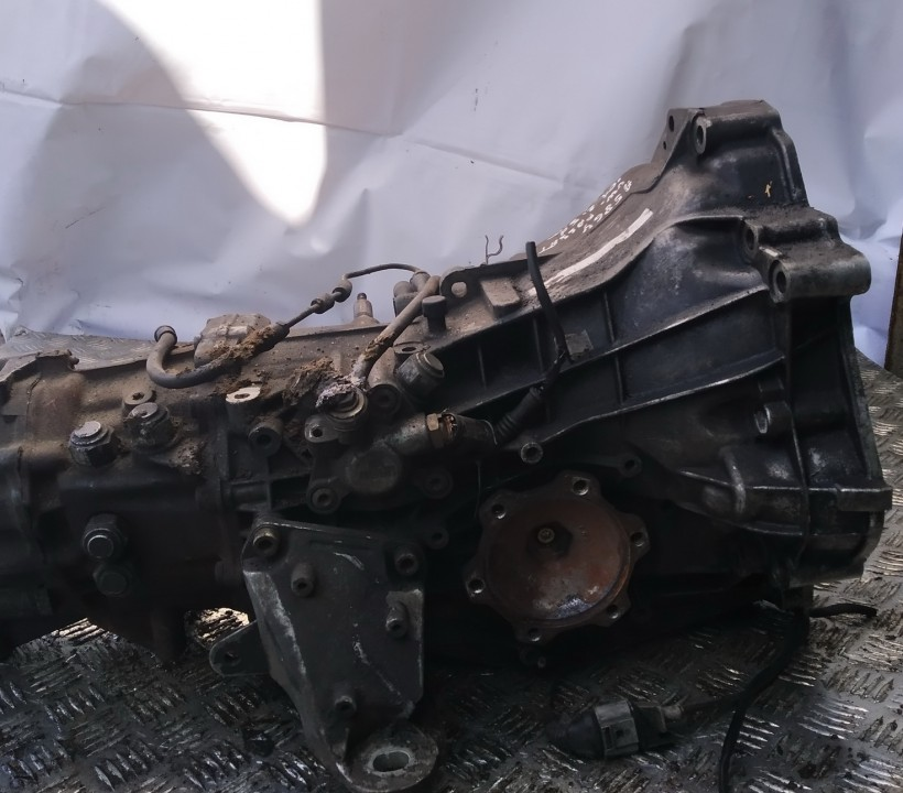 Greiciu deze Volkswagen Passat 2001    2.5 frk