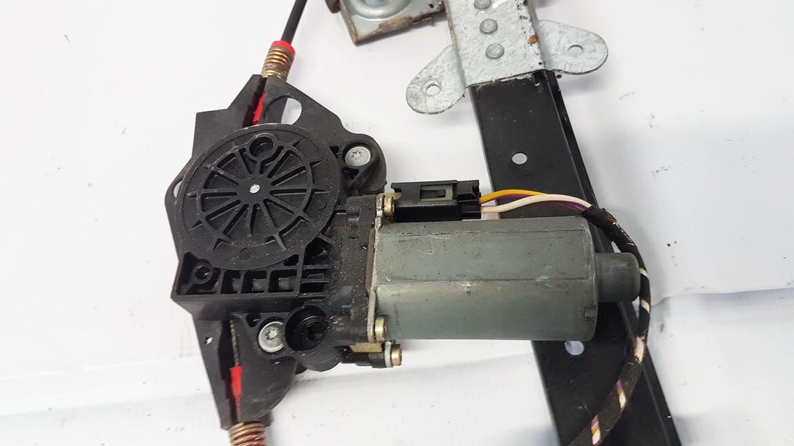 Duru lango pakelejo varikliukas G.D. Ford Fusion 2004    1.4 0130821939