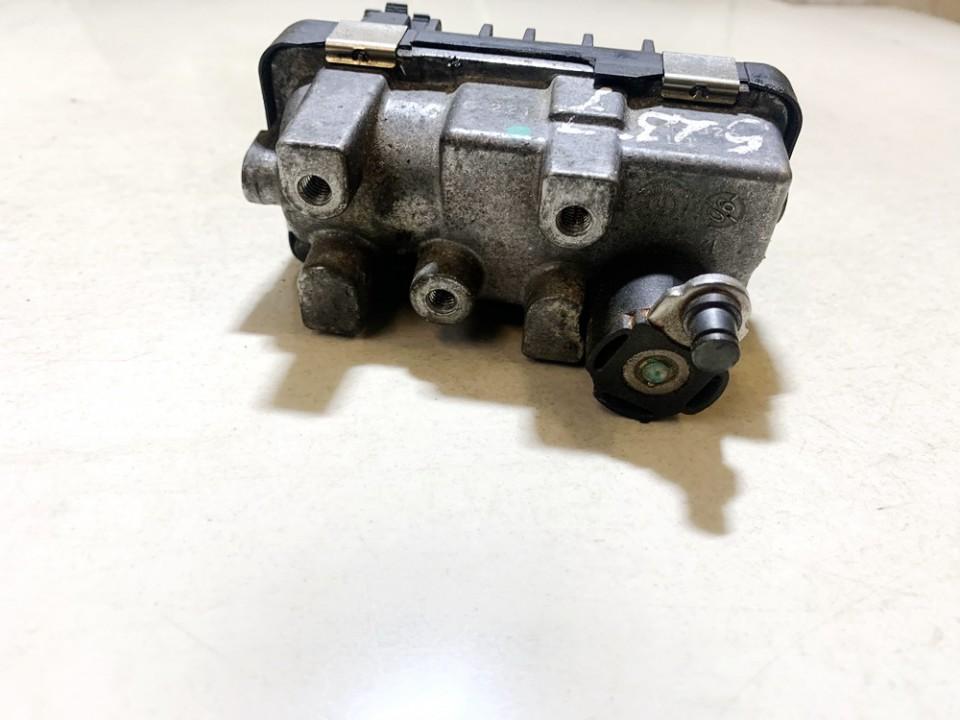 Turbinos valdymas Mazda 5 2006    2.0 6nw008412